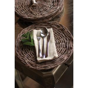 Dinnerware & Table Linens